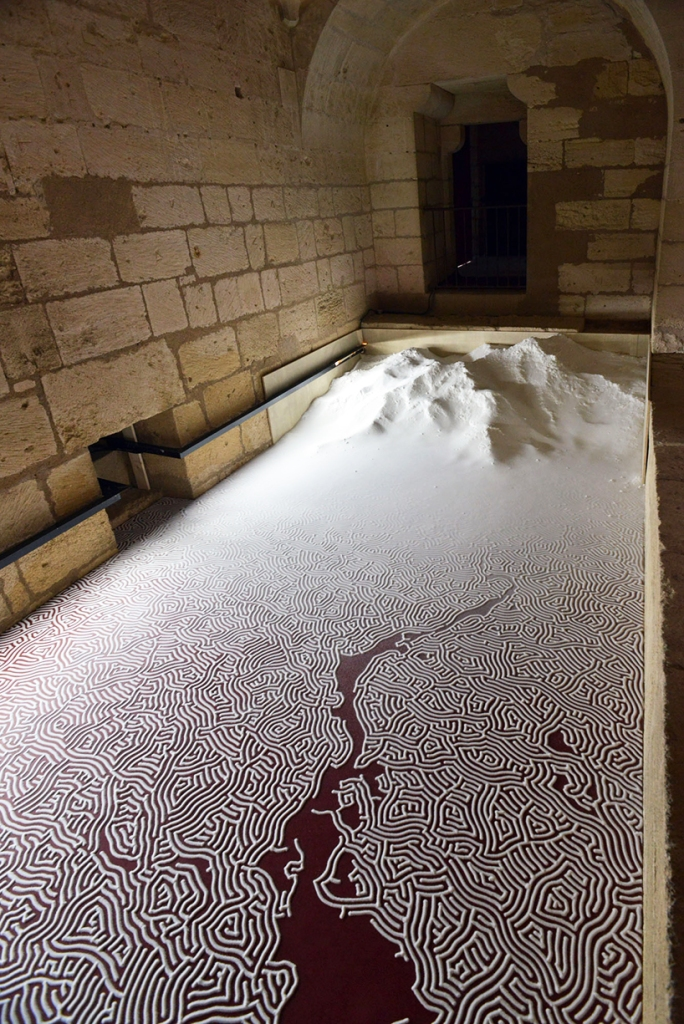 motoi-yamamoto-floating-garden-and-labyrinth-salt-aigues-mortes-designboom-013