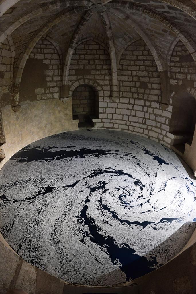 motoi-yamamoto-floating-garden-and-labyrinth-salt-aigues-mortes-designboom-02