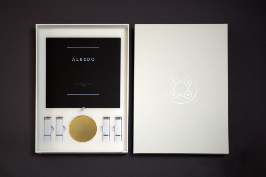 Albedo Presentation Box